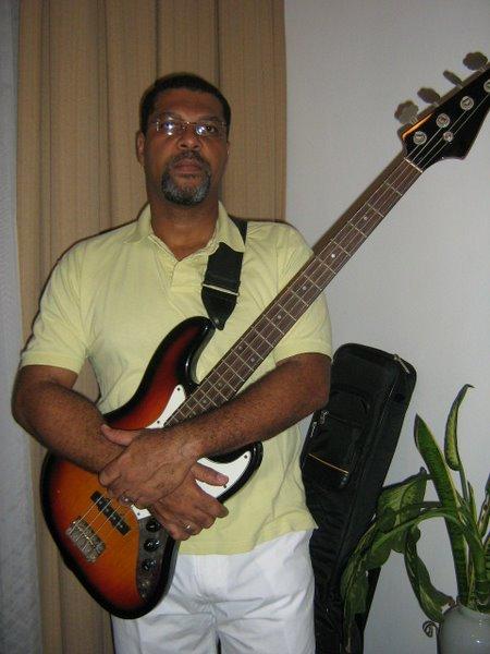 eu bass