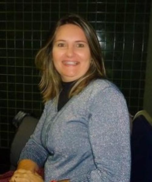 SIMONE CORTEZ - SECRETÁRIA DE EDUCAÇÃO