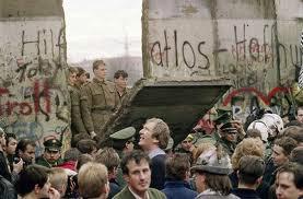 Queda do muro de Berlim sem um único tiro