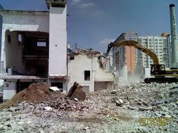 Demolição de fabricas