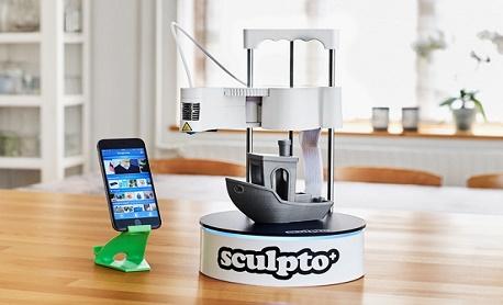 """Tecnologia: Conheça """"Sculpto+"""" uma impressora 3D compacta e acessível que permite controle total por celular"""