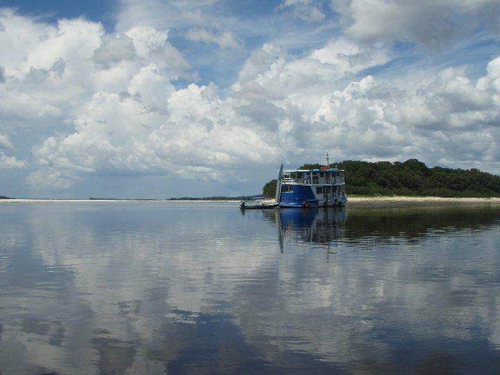 Barco Lo Peix Rio Negro Amazonas