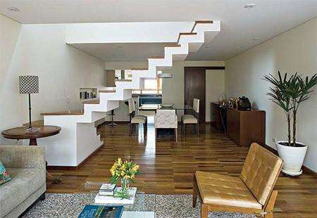 Escada 15