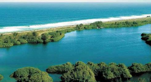Lagoa e Praia da Barra