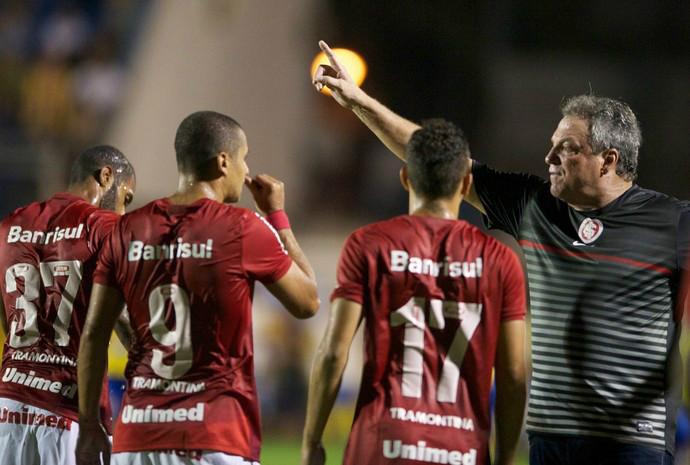 Técnico do Inter vê jogo difícil e elogia Pelotas 71ddc711d349e