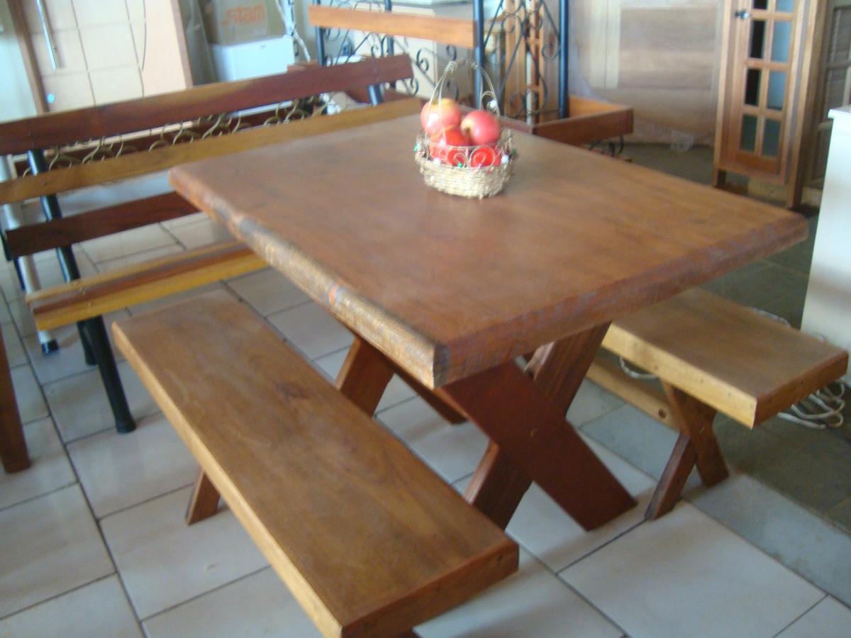 de madeira VALI PORTAS vários modelos e muita qualidade para dar um  #8C6D3F 1200x900
