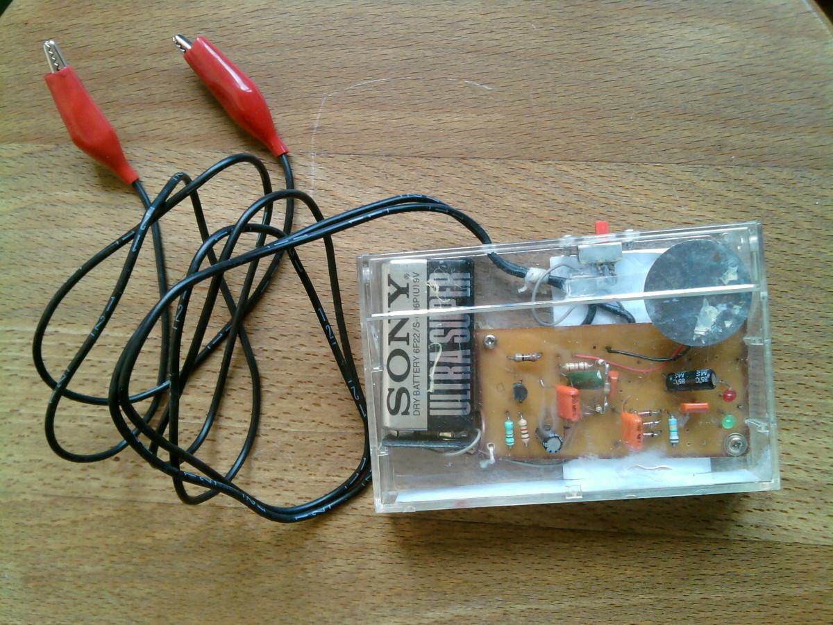 Как сделать своими руками прибор для проверки конденсаторов