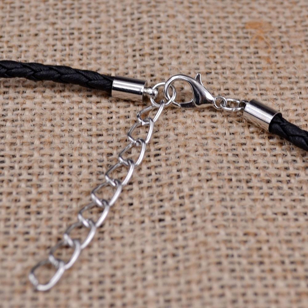 Bijoux originaux et tendance, pour homme, en vente chez Zappandoo.