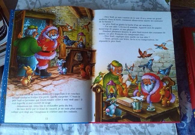 Autour du sapin; un conte de Noël pour enfants.